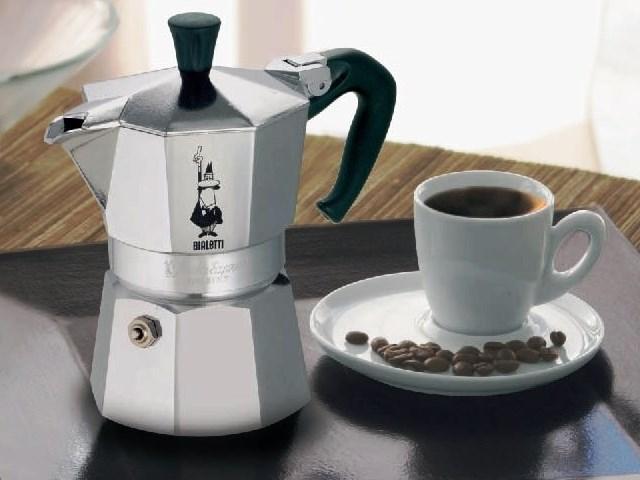 Гейзерная кофеварка: тонкости использования