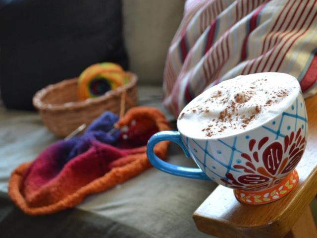 Уроки вязания за чашкой кофе